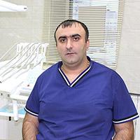 Петрос Левонович